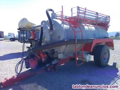 Cuba galvanizada compar de 8.000 litros.