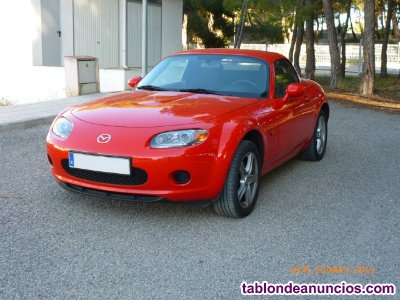 Mazda mx5 NC, Roadster Coupe, 1800 cc, 126cv, color rojo