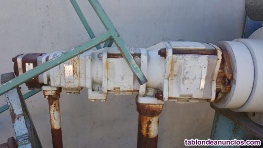 Bomba hidraulica de 3 cuerpos
