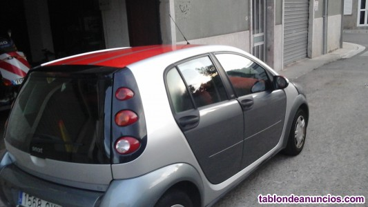 Se vende coche SMART.1.3 5p