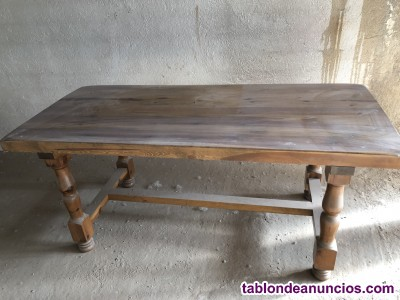 Vendo mesa de madera maciza