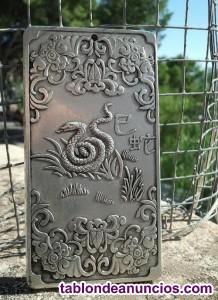 Lingote budista de plata tibetana. Buda, zen, feng shui, tibet, tao, oro, plata