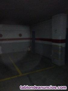Alquilo garaje residencial las miguelas