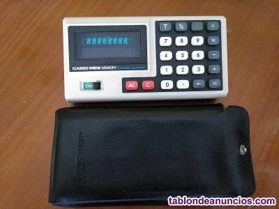 Antigua calculadora casio mini memory electronic calculator años 70 con su funda