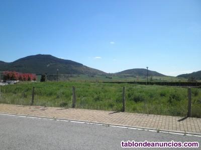 Egües venta parcela  urbana con una superficie de 422 m/2 para unifamiliar independiente.