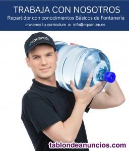 Repartidor con conocimientos básicos de fontanería.