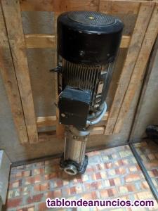 Bomba centrifuga vertical Grundfos CRN 90-5-2