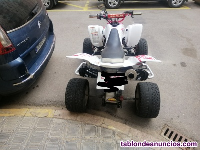 Se vende quad yfm 660r