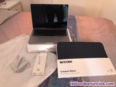 "Vendo MacBook Pro 13"" + accesorios! Con Factura!"