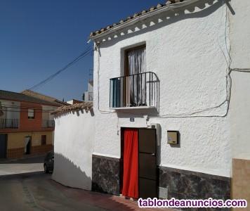 Vendo casa en alamedilla. Granada