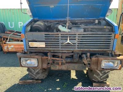 Camión mercedes unimog 427/10 azul