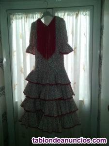 Vendo traje de flamenca niña