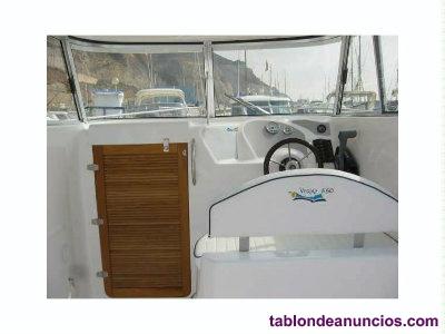 Embarcación Voraz 660