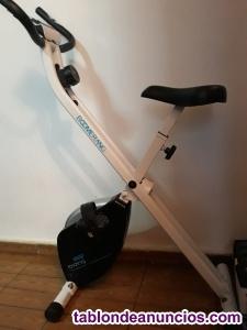 Bicicleta estatica plegable semi nueva