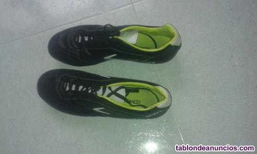 Botas futbol Boomerang
