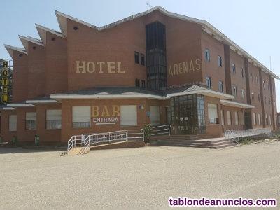 Vendo HOTEL situado en gran nudo de comunicacines, próximo a paisajes idílicos.