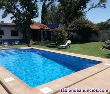Habitaciones/estudios libres en villa