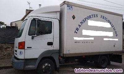Se vende camion frigorifico . Nissan Atleon de 2004