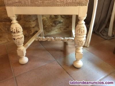 Silla antigua de roble restaurada estilo provenzal
