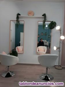 Salón de peluquería, manicura y pedicura en Sevilla