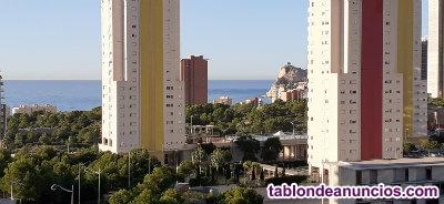 Apartamento con vistas al mar y al golf en Poniente Benidorm