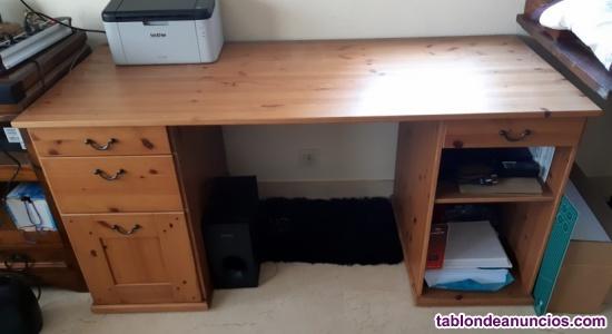 Mesa de escritorio con cajones