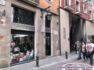 Traspaso tienda de ropa en pleno centro de Barcelona