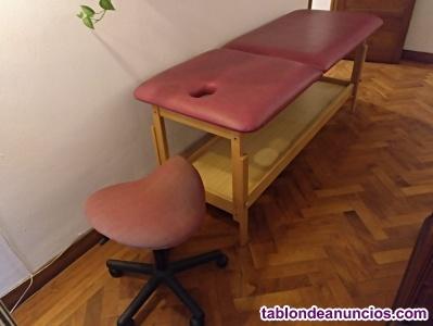 Camilla de masaje y taburete
