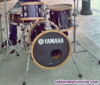 Batería YAMAHA MANU KATCHÉ + Yamaha Vintage Hoops