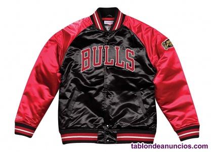 Mitchell & Ness Chicago Bulls Tough Season Satin Jacket