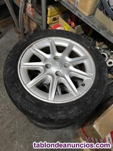 Llantas 15 renault con neumáticos