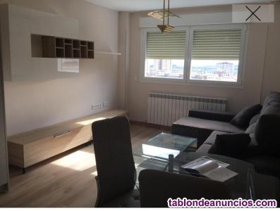 Alquilo piso recién reformado en la zona de Barañain