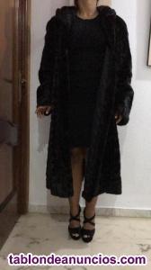 Abrigo de vison negro de lomo de hembras