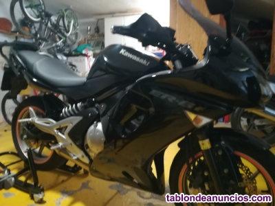 Se vende moto de escuela para el permiso A. Se puede limitar al permiso A2
