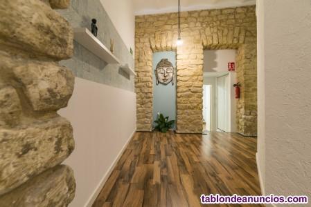 Se traspasa centro de masajes y estética en el Centro de Alicante