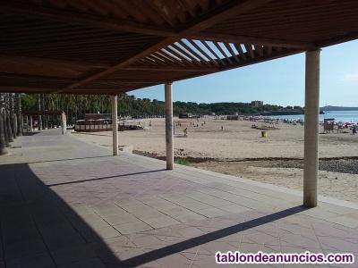 Ciudad en tarragona - en la playa