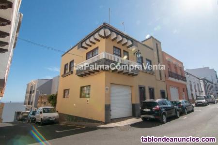 ID-392    Casa en la plaza de Los Sauces, junto a la iglesia de Montserrat de Lo
