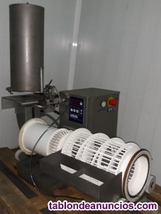 Máquina elaboradora de croquetas y albóndigas