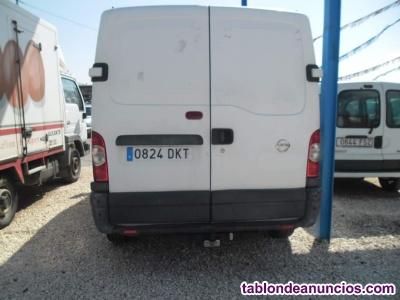 Vendo  nissan blanco (furgoneta)