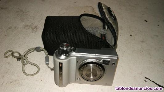 Cámara Fujifilm FinePix 4,1MP