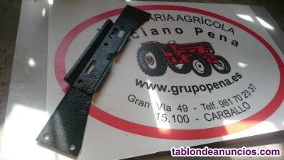 Soporte caja de herramientas para tractor - Ref r00070