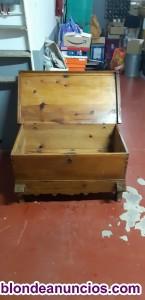 Vendo arcón antiguo de madera