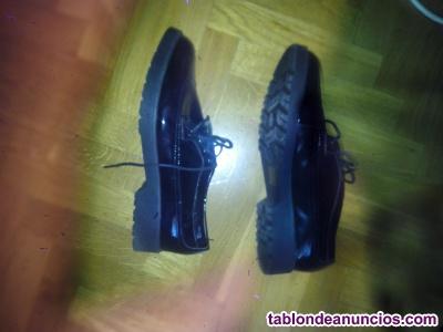 Se vende zapatos