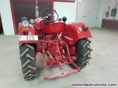 Se vende tractor Vovlo T24 Con itv en Vigor
