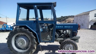 Tractor Marca Ford
