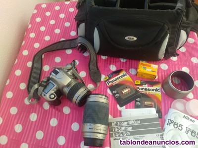 Cámara Nikon F65 + Objetivo + Complementos