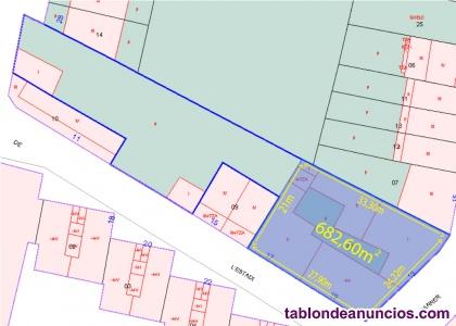 Inmejorable precio, terreno con tres viviendas