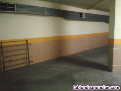 Plaza de parking para coche pequeño