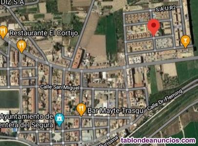 Solar uso URBANO de 1.102 m2 esquinero, Formentera de Segura