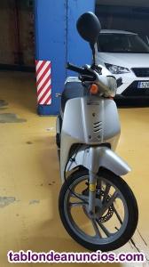 Moto scoopy 100